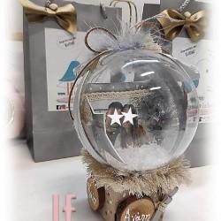Χιονόμπαλα σε ζάρι με φωτογραφία αναλλοίωτη στο χρόνο και ευχές