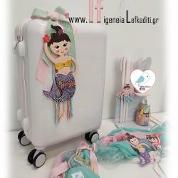 Βαπτιστικό σετ κορίτσι- γοργόνα με βαλίτσα τρόλεϊ σε χρώμα και διακοσμητικό επιλογής σας